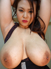 naked pictures of asian girls